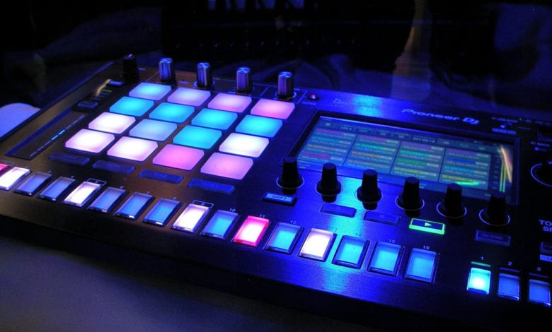 Electronic-Dance-Music-Equipment